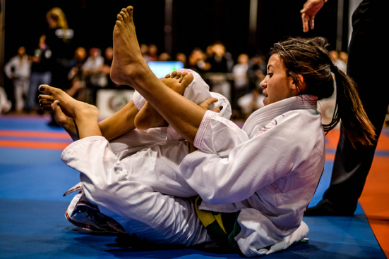 Knee on Neck Choke + Armbar